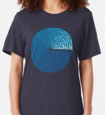 Allmächtiger Ozean Slim Fit T-Shirt