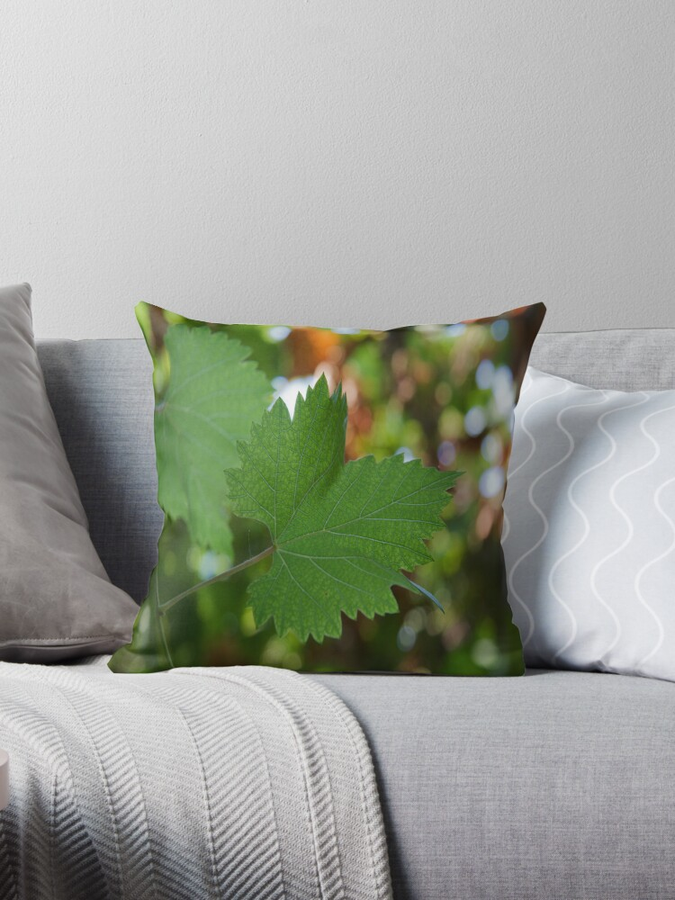 Grape Leaf by edesigned