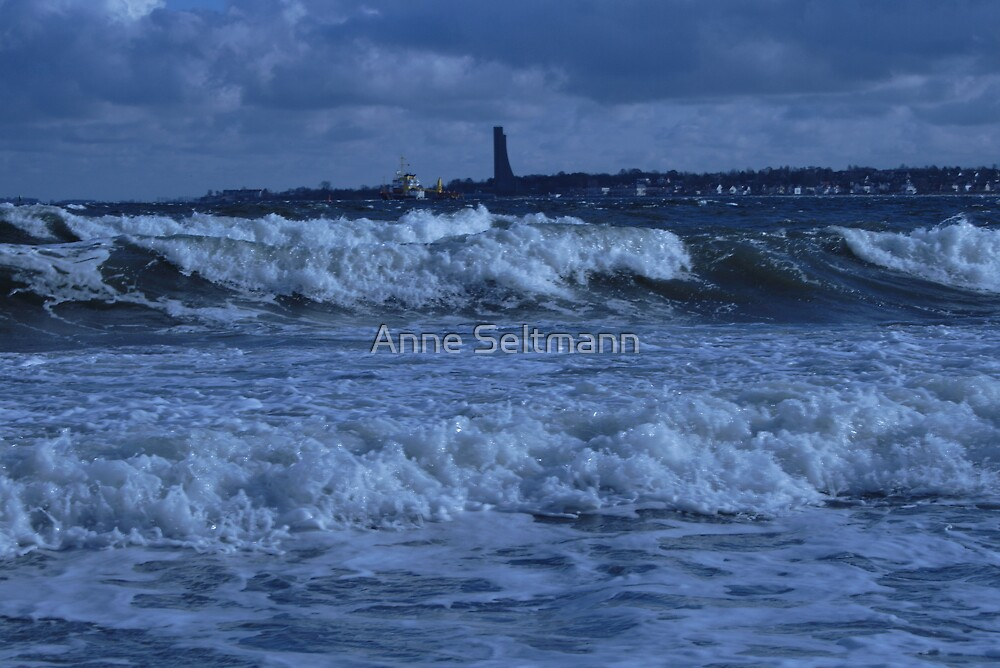 stormy sea by Anne Seltmann