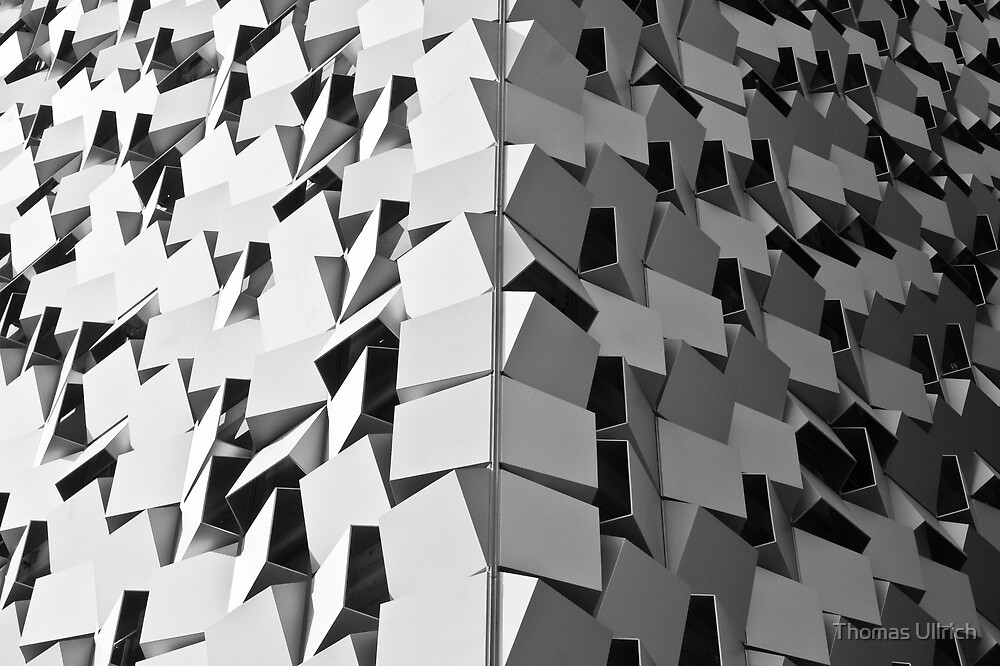 Spikey Building by Thomas Ullrich