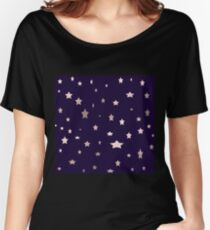 elegant rose gold stars on a purple background Women's Relaxed Fit T-Shirt