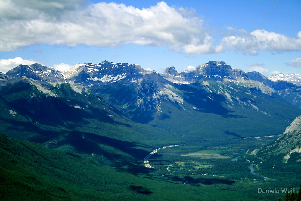 Scenic Canadian Rockies Vue by Daniela Weil