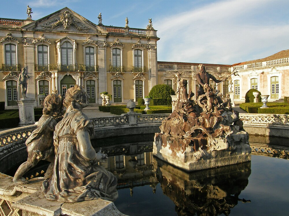 By the Neptune fountain by Marina Ribeiro