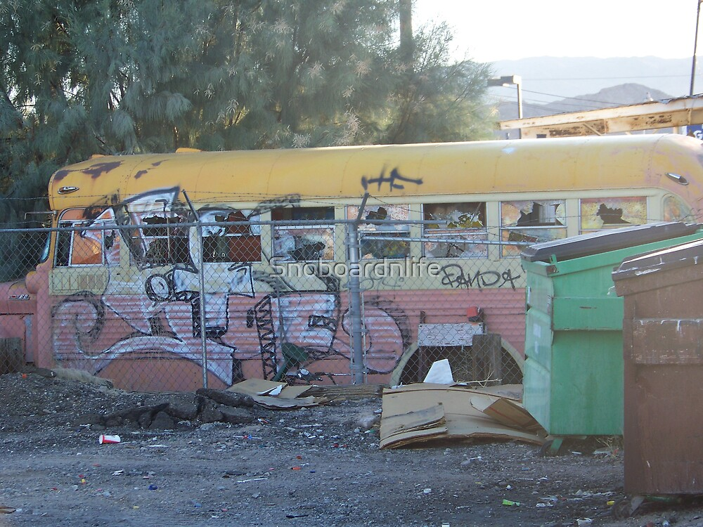 Abandoned And Abused Bus by Snoboardnlife