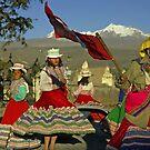 Dansing Childs - Peru by Christophe Dur