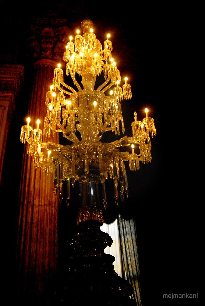 Chandelier_Dolmabahce Palace by mejmankani