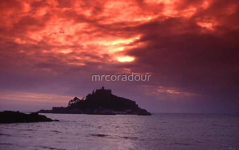 Sunset at St Michaels Mount by Malcolm Chant