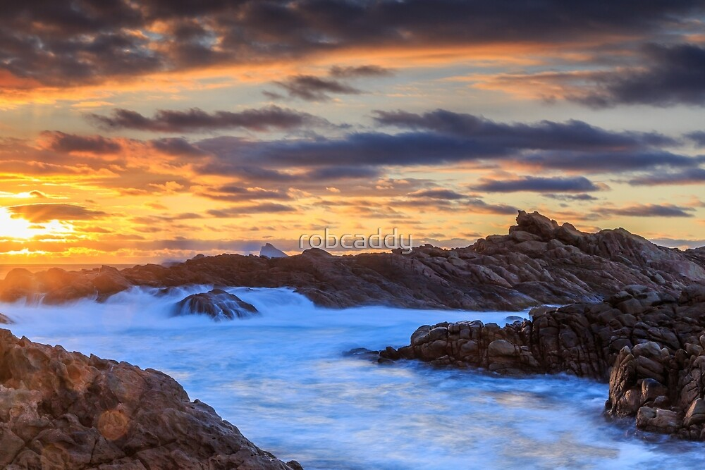 Setting Sun At Canal Rocks by robcaddy