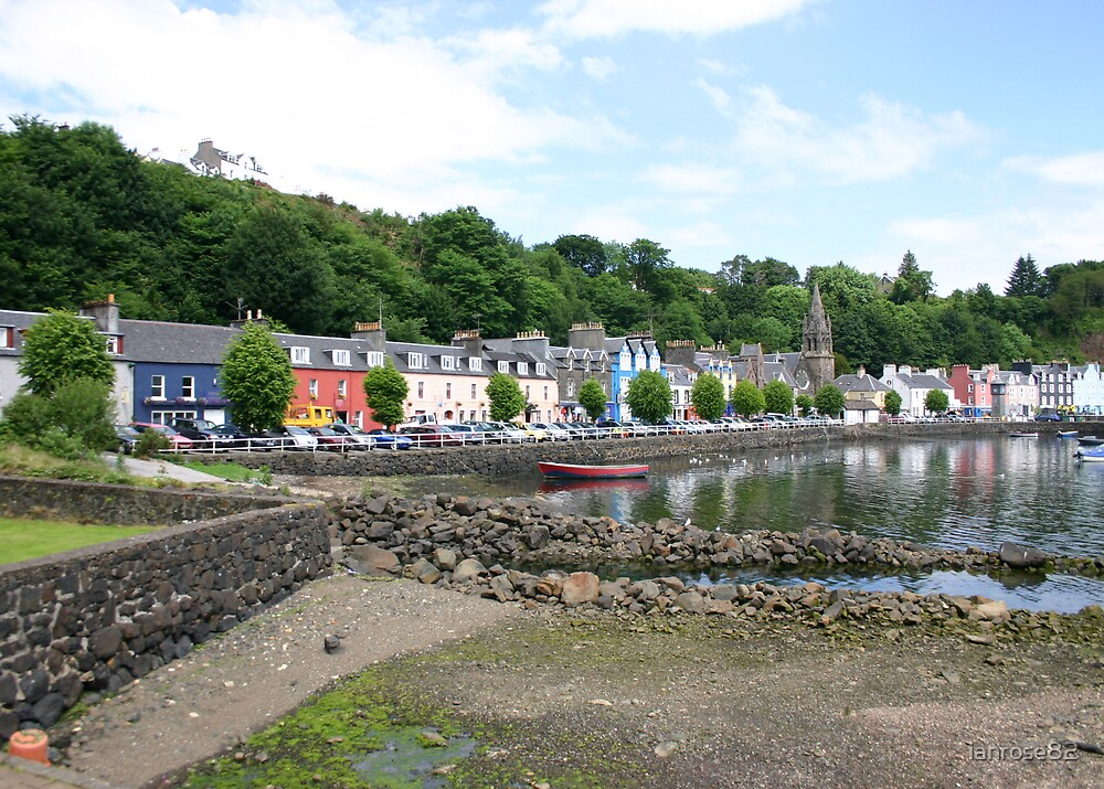 Tobermory Harbour by ianrose82
