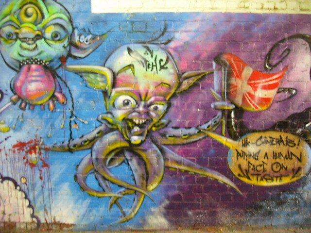 Spraycan bandits..... by atomikboy