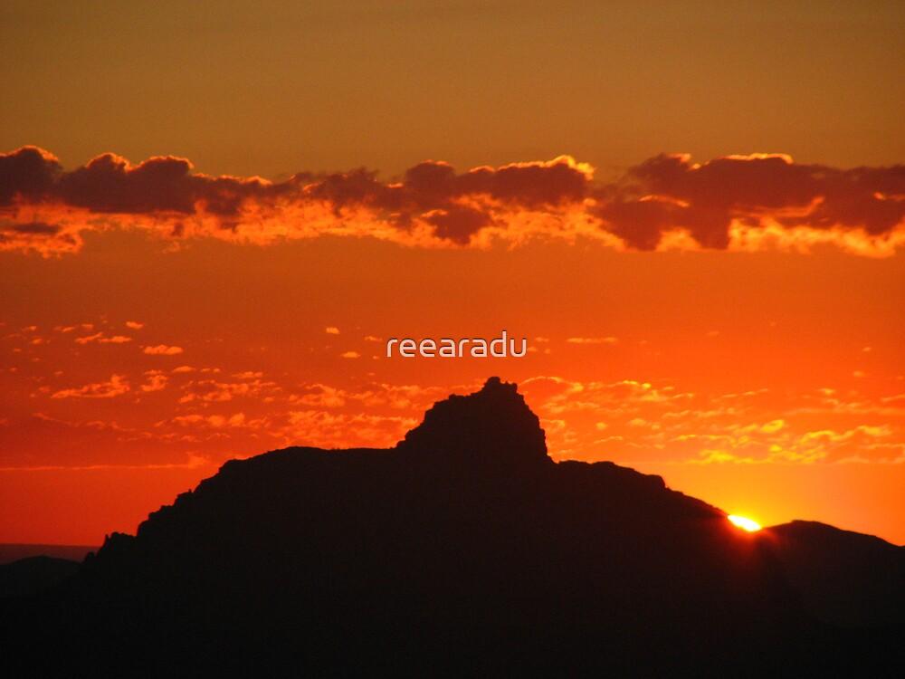Sun Rising over Grand Canyon by reearadu