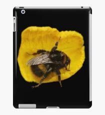 Bumble Bee on Yellow Petal iPad Case/Skin