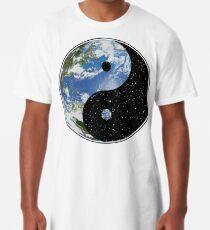 Camiseta larga Tierra y espacio Yin Yang Symbol