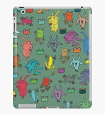 pattern with goats and frogs iPad Case/Skin