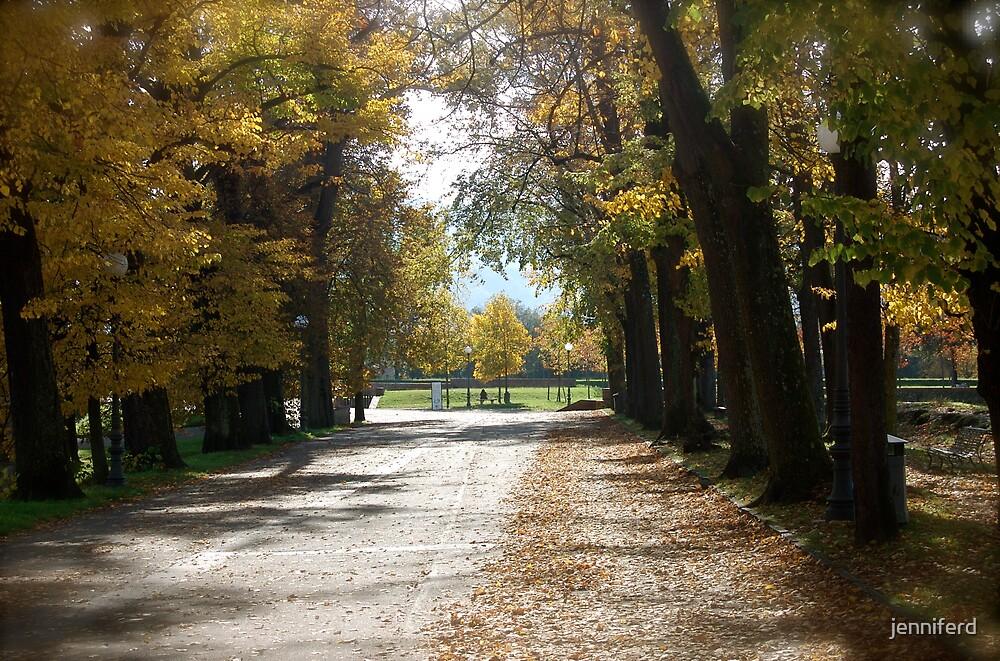 Autumn Path by jenniferd