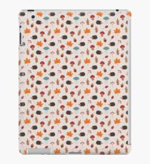 Autumn hedgehog iPad Case/Skin