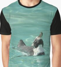 Sunbathing penguin  Graphic T-Shirt