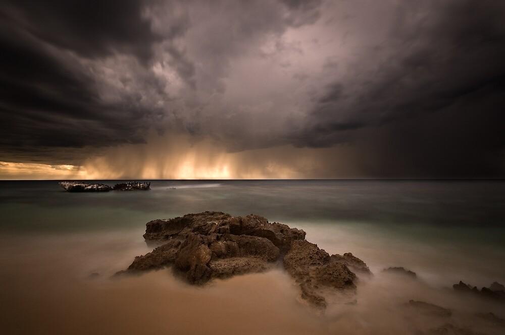 Trigg Beach by LukeAustin