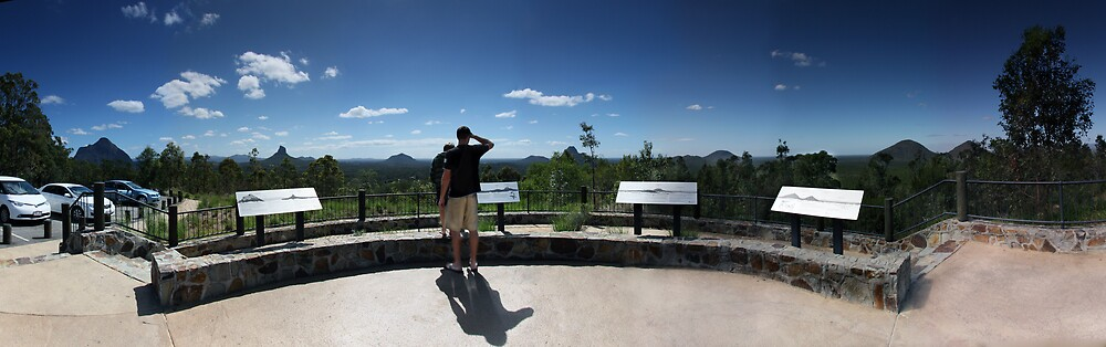 Mt. Beerwah lookout. by David James