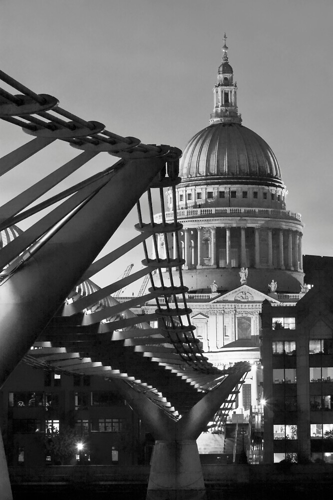 B&W St.Pauls and Bridge by LeeMartinImages