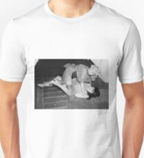 RETRO CATFIGHT Unisex T-Shirt