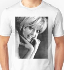 YOUNG GOLDIE HAWN Unisex T-Shirt