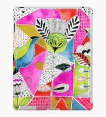 Tulips and Triangles iPad Case/Skin