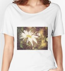 Big Chamomile Retro effect 2 Women's Relaxed Fit T-Shirt