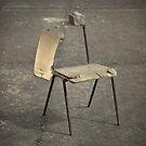Lonely broken chair von germanX