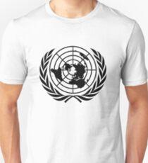 Emblem of the United Nations (Black on white) T-Shirt