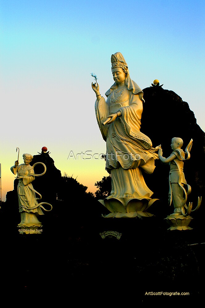 Kwan Yin and Attendants by ArtScottFoto