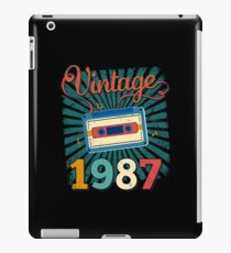 30th Birthday Retro Vintage 1987 Cool Old School  iPad Case/Skin