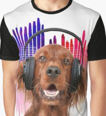 Red Setter dog listening to music on headphones Graphic T-Shirt
