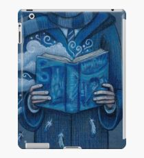 Books magic blue iPad Case/Skin