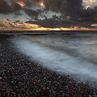 sunrise waves, johnshaven by codaimages
