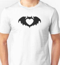 clan bat heart Unisex T-Shirt