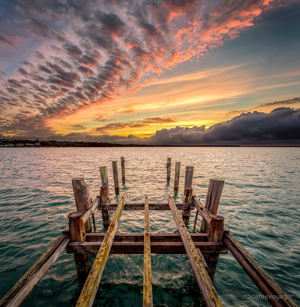 Old Ryde Pier Sunset by manateevoyager
