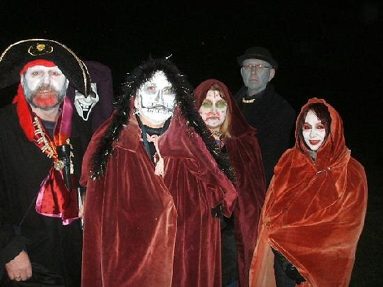ghost and witches of Edinburg, Scotland by chord0