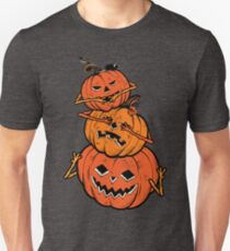 Three Wise Halloween Pumpkins covering his eyes, sees no evil, covering his ears, hears no evil, covering his mouth, speaks no evil. T-Shirt