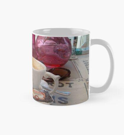 My daily fix at Bistrot de Paris and Une Belle-Vous Mug