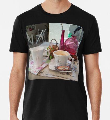 My daily fix at Bistrot de Paris and Une Belle-Vous Premium T-Shirt