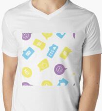 Seamless pattern with different chat symbols T-Shirt