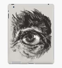 Hairy eyeball is watching you - warm grau iPad-Hülle & Skin