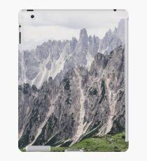 Mountain layers iPad Case/Skin