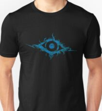 Beauty is in the EYE of the beholder (blue) T-Shirt