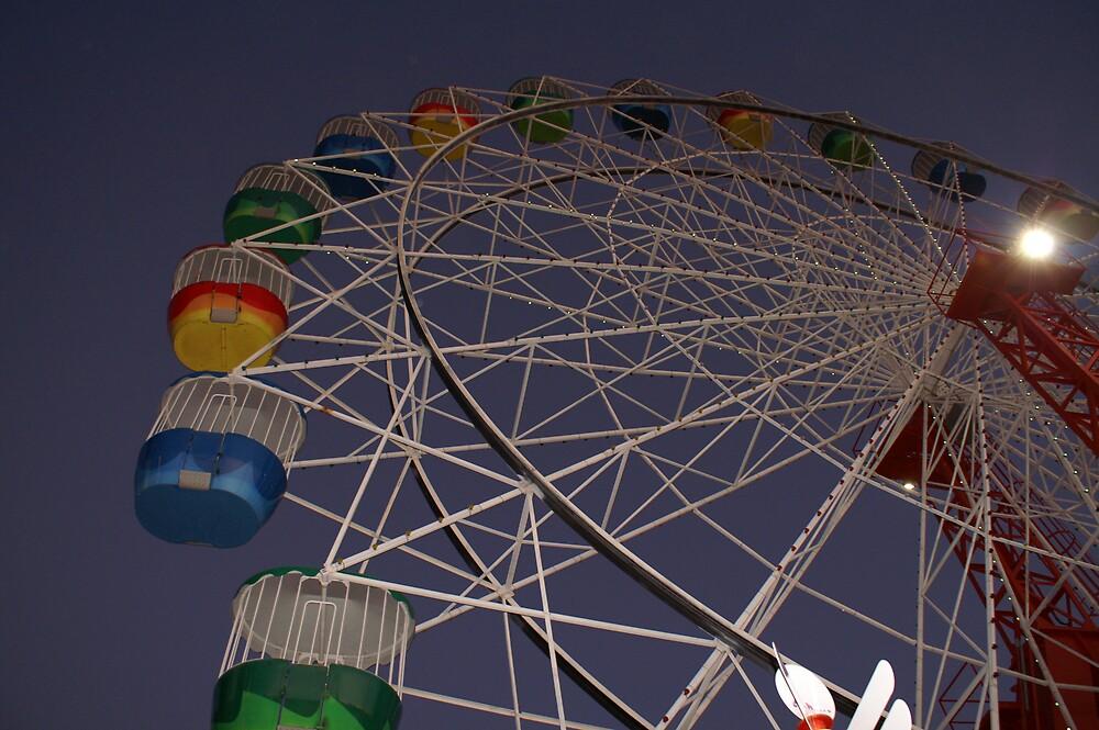Luna Park Ferris Wheel by stuieD