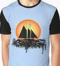 Grunge sailing Graphic T-Shirt