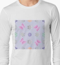 Seamless background with flowers and butterflies T-Shirt
