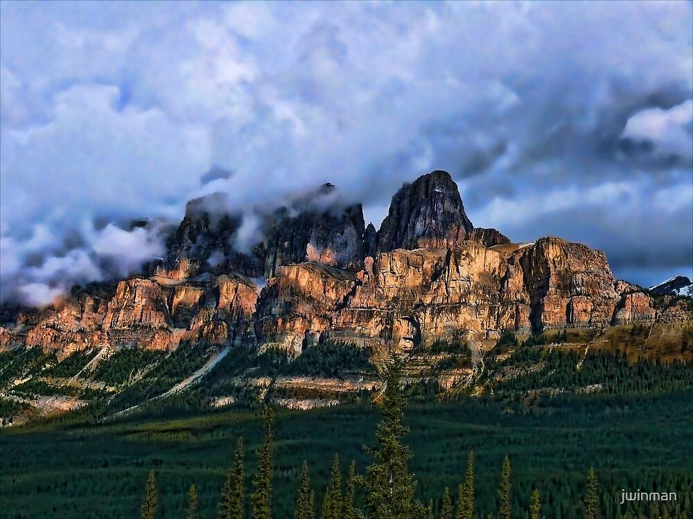 Castle Mountain by jwinman