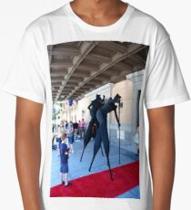 Street performers in black Long T-Shirt